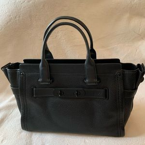 COACH Swagger Black Pebble Leather Bag
